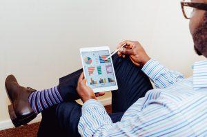 【専門家監修】不動産投資とFinTech-近年の動向から今後の変更を読み解く
