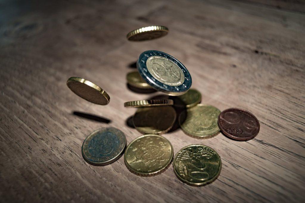 【専門家監修】黒字倒産のリスク?デッドクロスの仕組みと賃貸経営の破綻を回避する方法を紹介