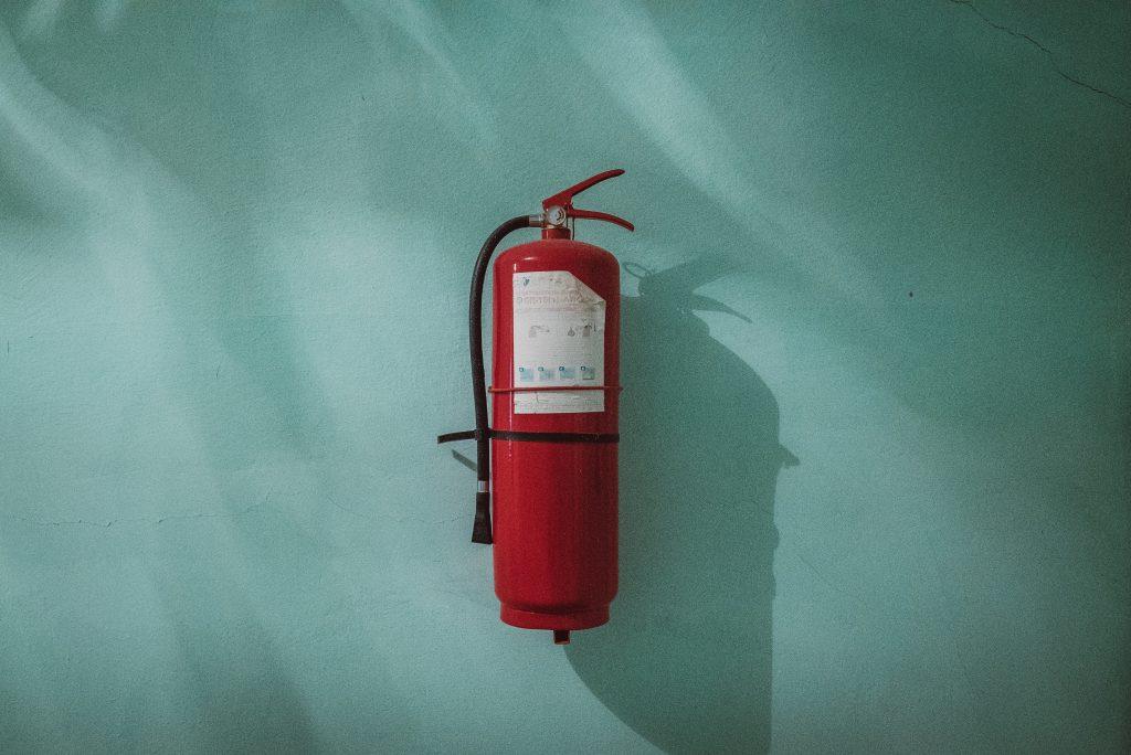 piotr-chrobot-278530-1024x684 いざというときの火災保険!不動産経営での賢い活用法を解説!